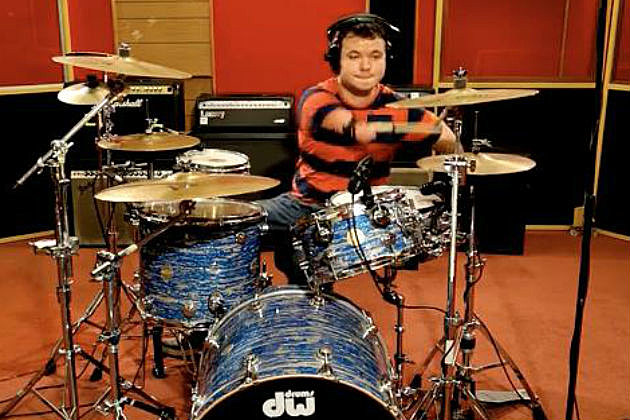 Cornel Hrisca-Munn, no handed drummer