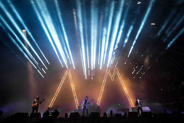 Arctic Monkeys on stage