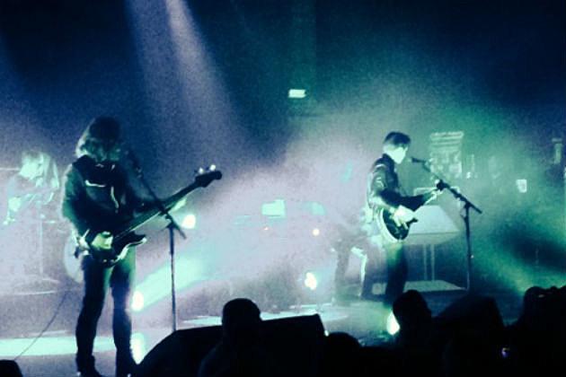 Arctic Monkeys on stage 2