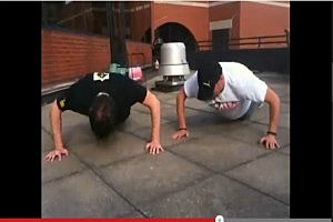 Rob and Gu do patio push ups