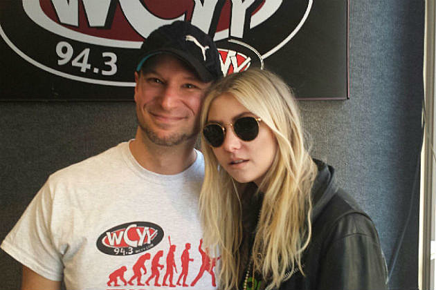 Rob with Taylor from The Pretty Reckless