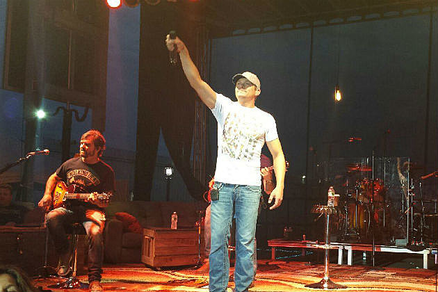 Brad Arnold of 3 Doors Down on stage