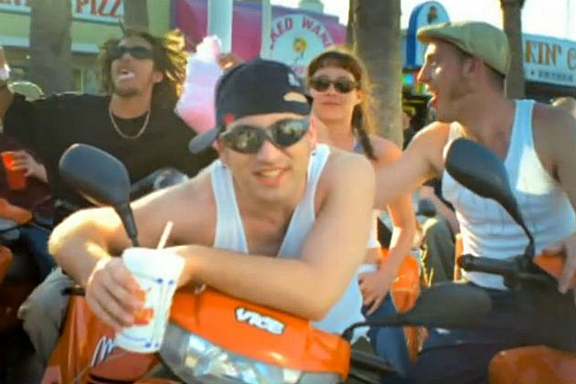 Len - Steal My Sunshine video