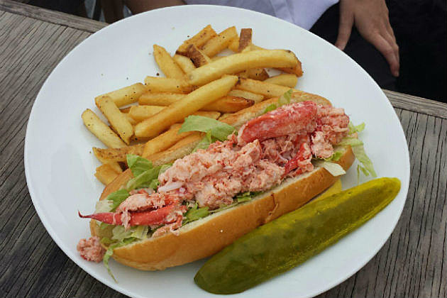 Porthole Lobster Roll