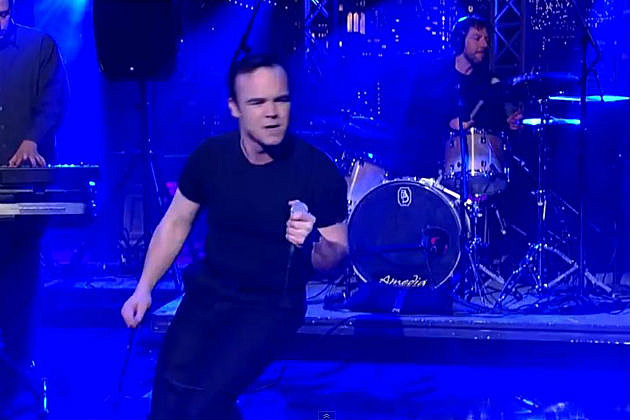 Samuel from Future Islands on Letterman